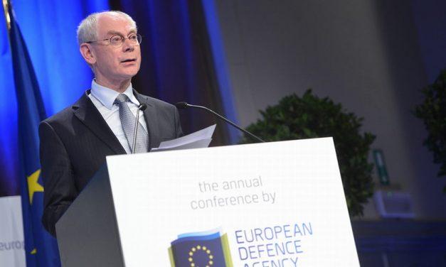 Koittaako joulu EU:n yhteiselle turvallisuus- ja puolustuspolitiikalle?