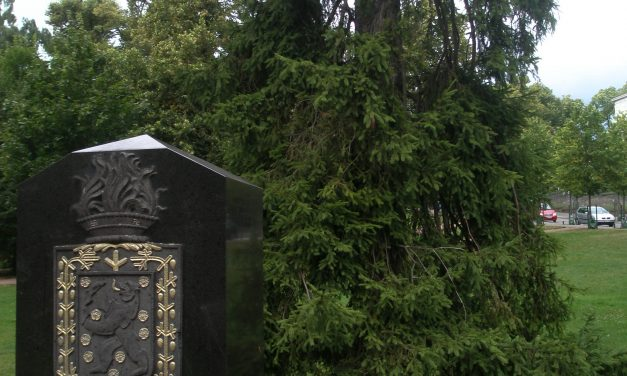 Ulkovaltojen muistomerkit Helsingissä