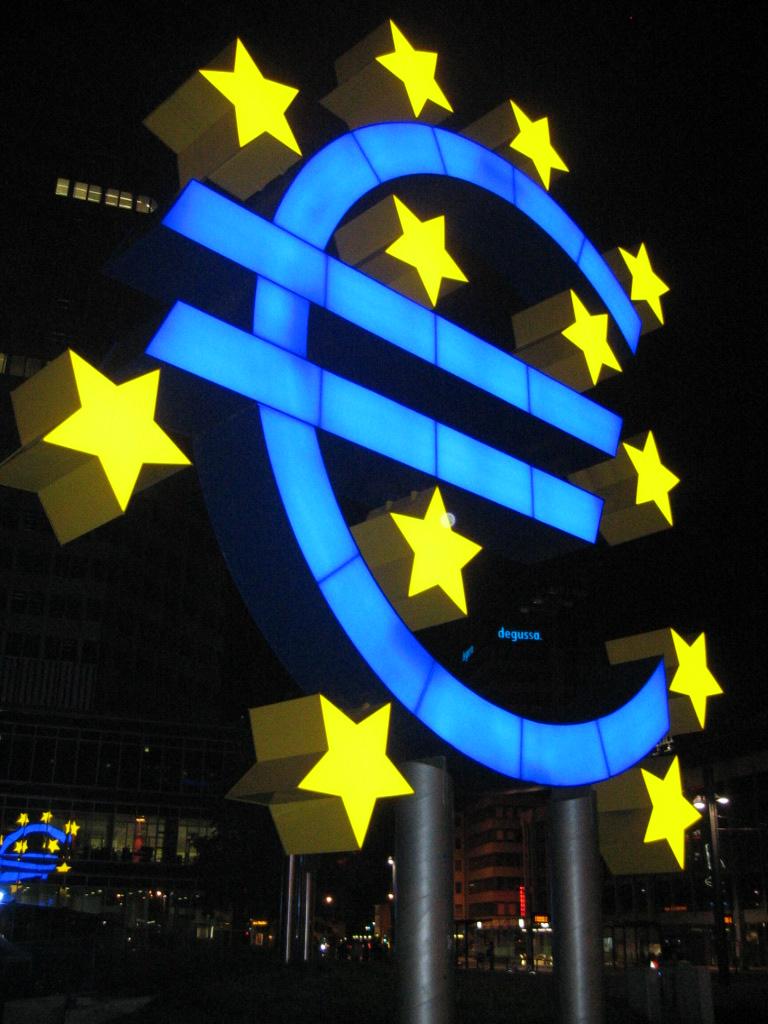 Euroopassa tapahtunut syvä taloudellinen integraatio ei ole täysin onnistunut poistamaan anarkian ongelmaa. Kuva: Wikimedia Commons