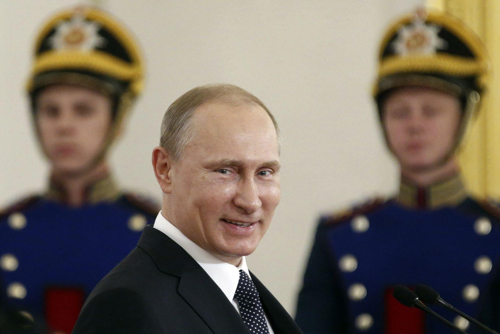 2014-06-18T053434Z_1_LYNXMPEA5H06W_RTROPTP_4_RUSSIA