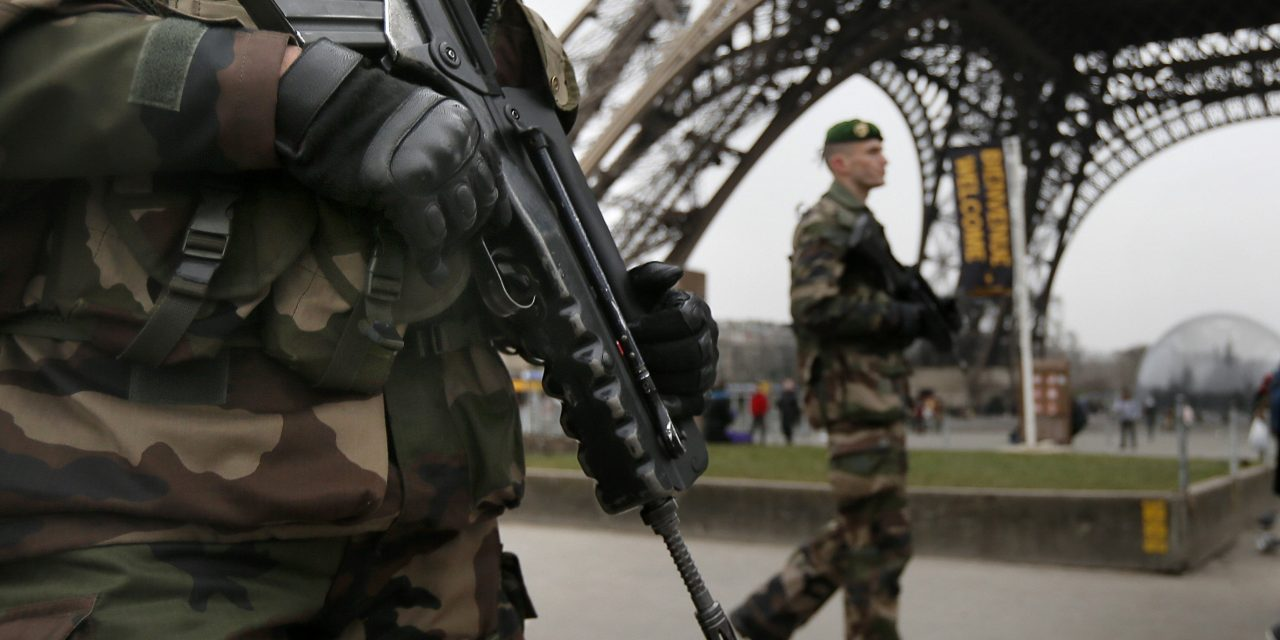 Pelko ja poikkeustila Pariisin jälkeen