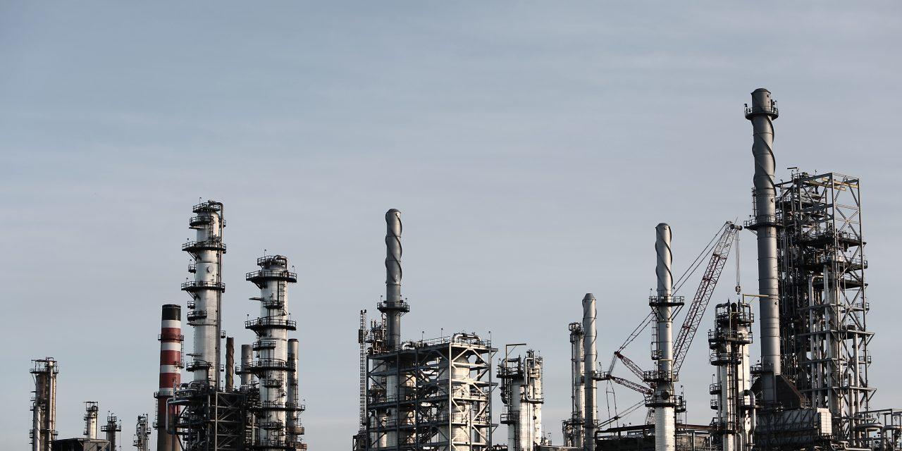 Maailmantalouden muutokset – Osa II: Resurssikirous – Öljyä liekkeihin, kapuloita rattaisiin?
