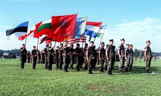 Turvatakuiden tulevaisuus ja Yhdysvaltain rooli Euroopan puolustuksessa