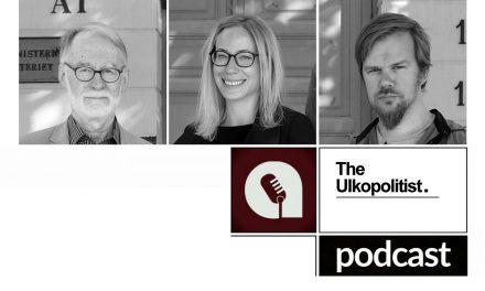"""Podcast: """"Kiina ratsastaa aallonharjalla mutta hallitseeko se itsekään aaltoa?"""""""