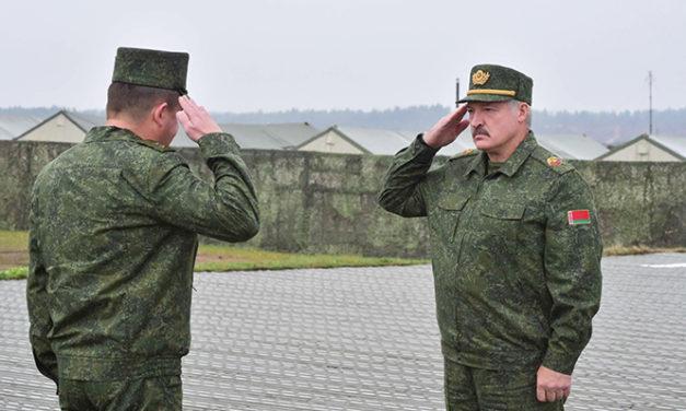 Yllätyksetön Zapad muistutti Valko-Venäjän vaikeasta asemasta