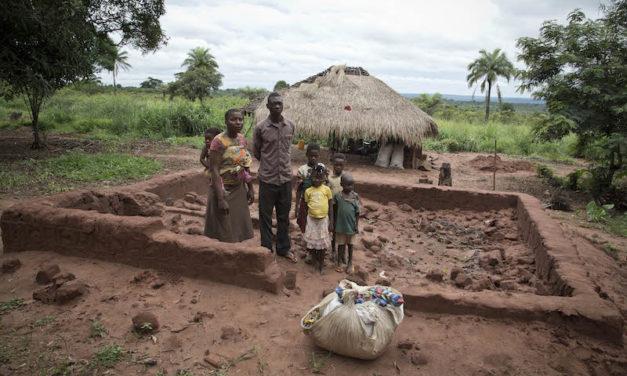 Etelä-Kongon mystikkojen ja armeijan kamppailusta tuli etnistä sotaa