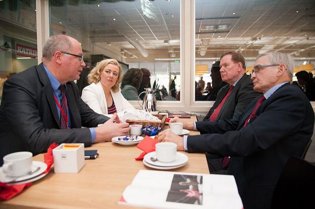 SDP:n ulkopoliittisen valta-aseman nousu ja tuho