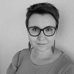 Katri Kauhanen – kirjoittaja