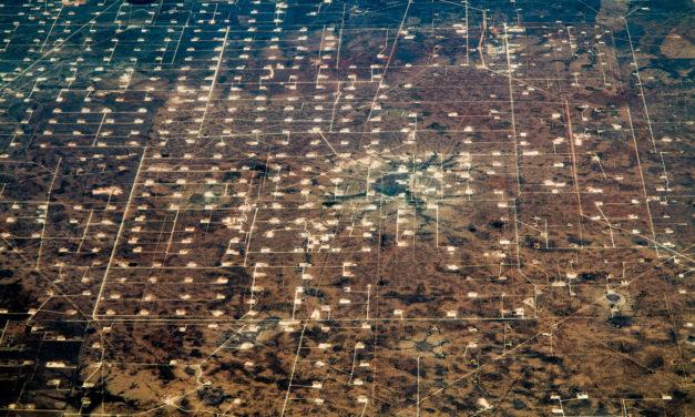 Liuskeöljy on mullistanut energiamarkkinat – Yhdysvallat tuottaa enemmän öljyä kuin koskaan, mutta tarvitsee silti Saudi-Arabiaa vakauttamaan kauppaa