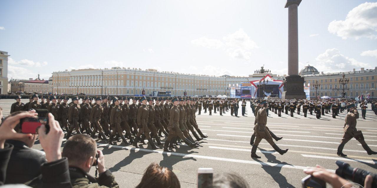 Venäjä pystyy vaikuttamaan Suomeen pullistelemalla ja heikkouksia hyödyntämällä