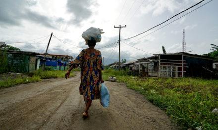 Kovin ottein vakaana pidetty Kamerun horjuu sisällissodan partaalla